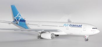 Airbus A330-200 Air Transat Canada Inflight 200 Diecast Metal Model Scale 1:200 IF3320117 E